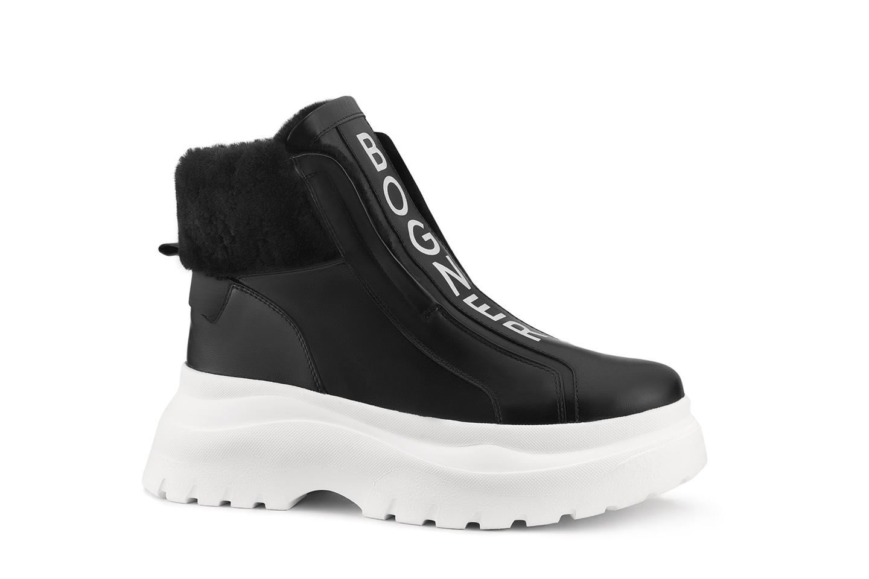 203-K92_Banff-3A_21-black-white